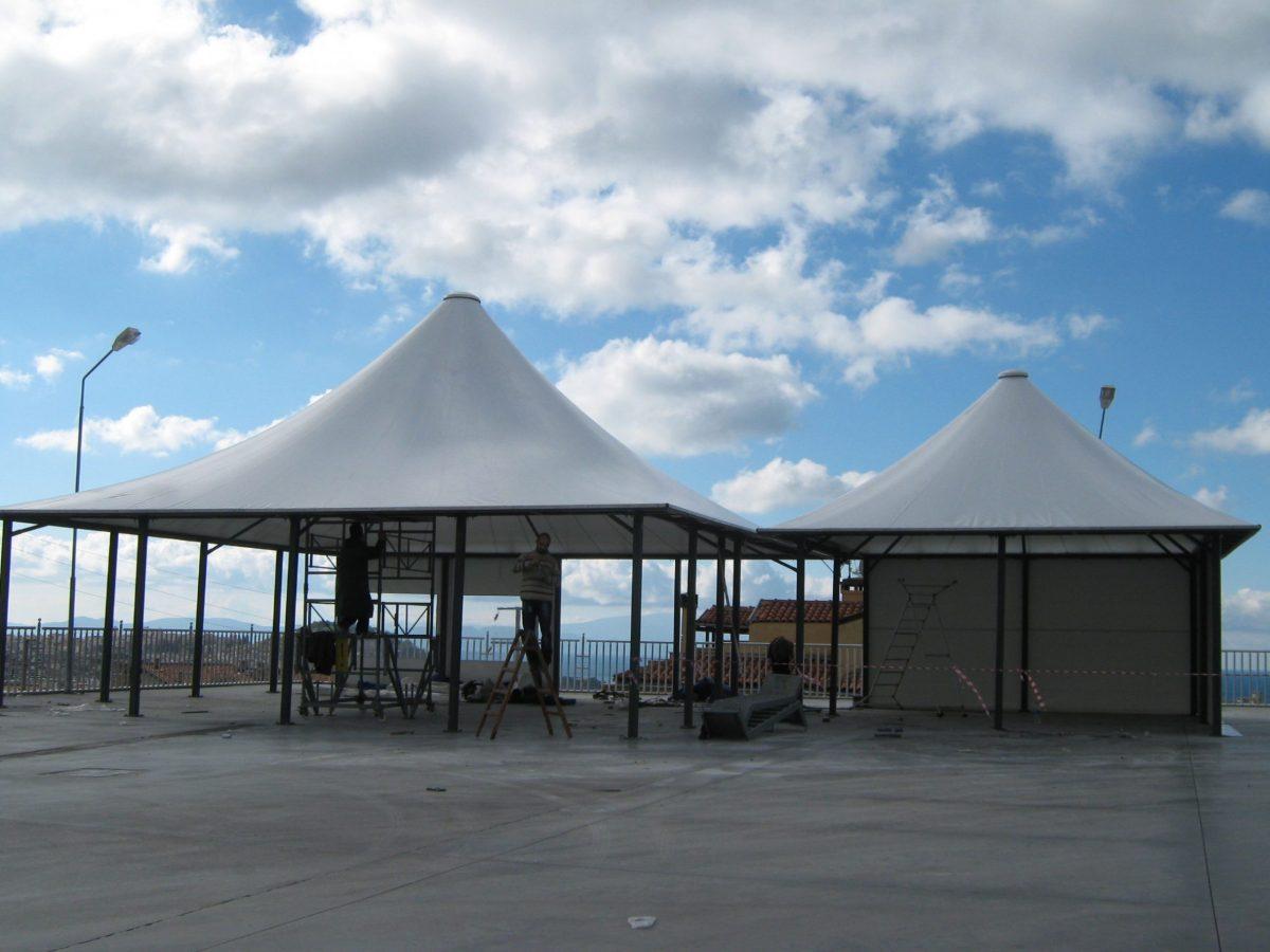 Dinlenme tesisi çadırları